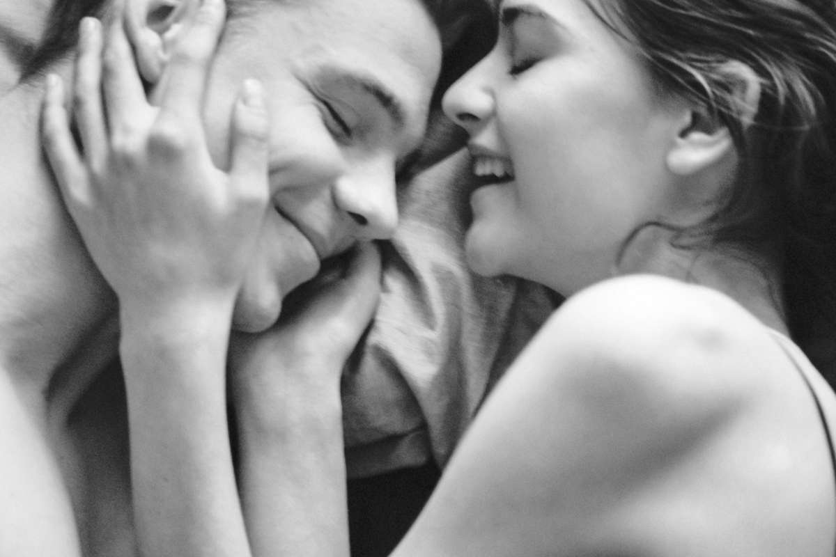 5 Tricks to keep your woman happy in bed