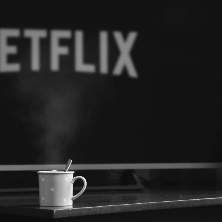 How Netflix binging can kill your sex life?