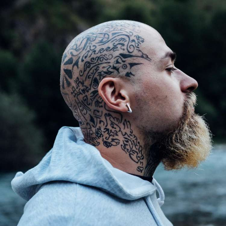Scalp tattoos- an interesting  way to empower men with hair-loss