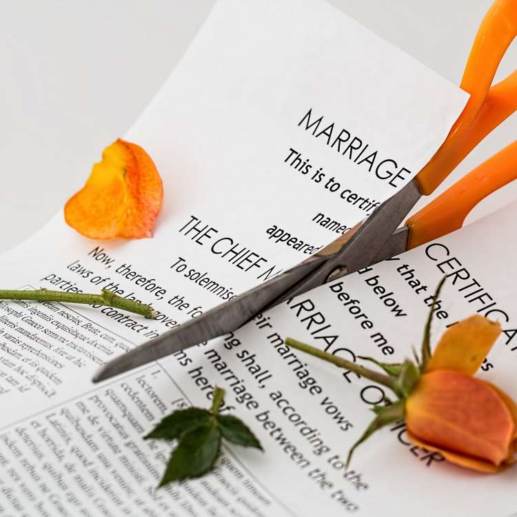 Are divorced men more likely to have erectile dysfunction?