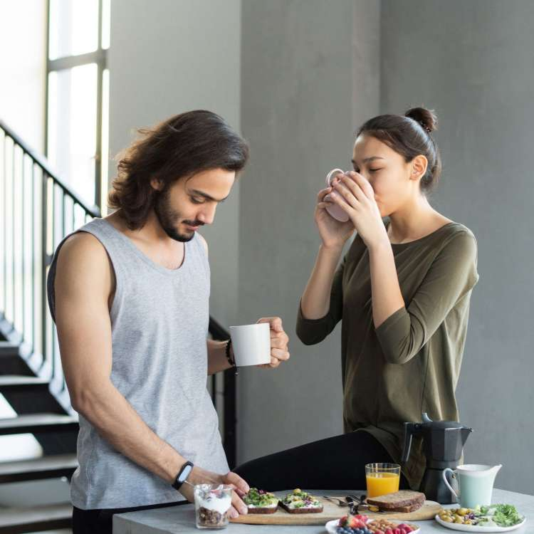 Misters, giving a helping hand to your partner in household chores can improve your sex life