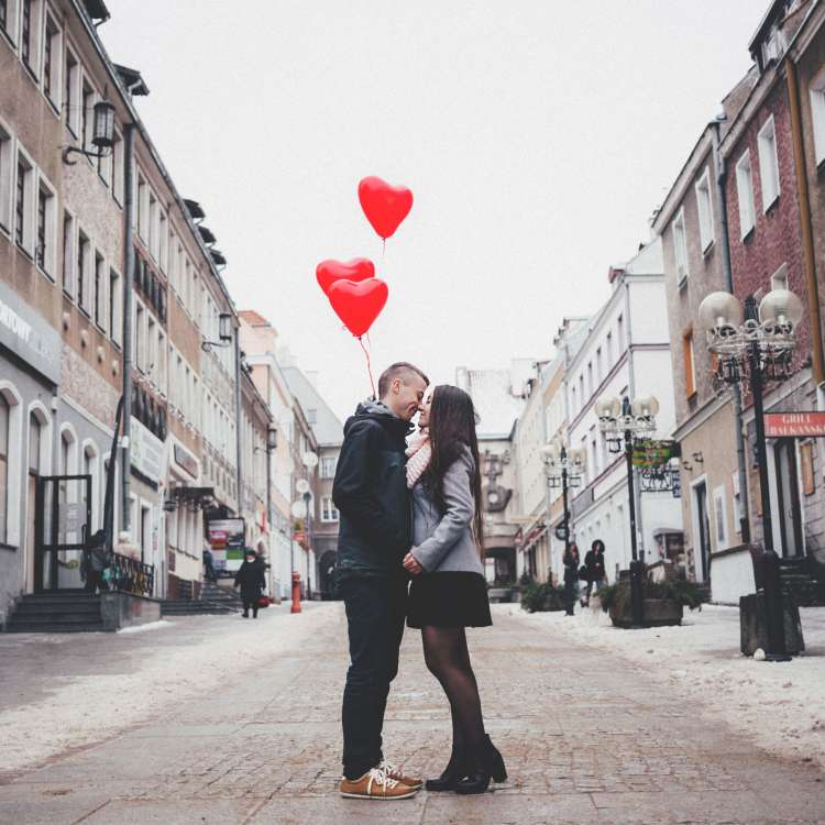 being in love changes testosterone level
